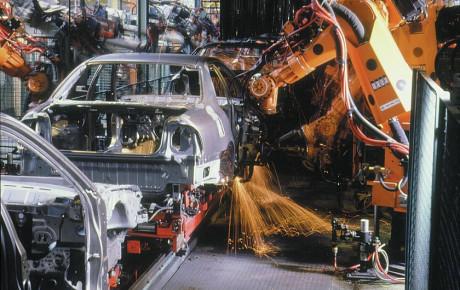 نرخ ارز عامل اصلی افزایش قیمت خودرو