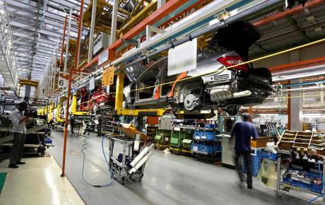 تیراژ خودروهای سواری در ۱۱ ماه امسال ۴۰ درصد کاهش یافت
