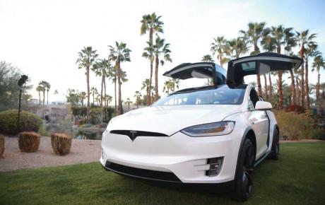 تکنولوژی جدید خودروهای تسلا