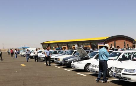 چرا با گران شدن قیمت خودرو تقاضا هم افزایش یافت؟