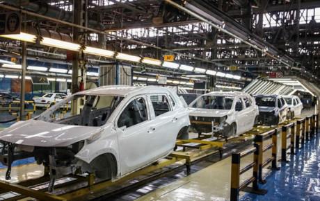 صنعت خودروسازی دچار تحریم داخلی شده است
