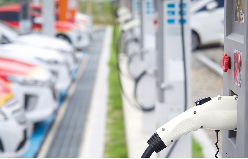 شارژ خودروی برقی تنها در 10 دقیقه!