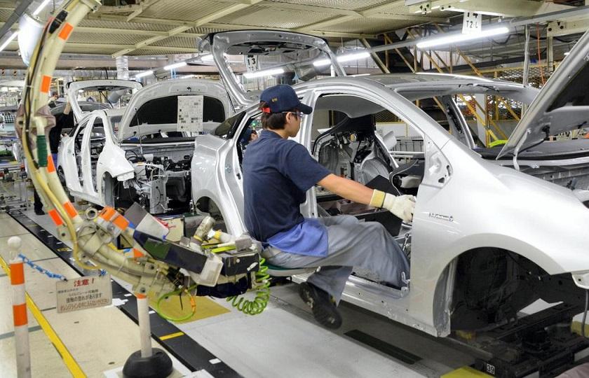 تویوتا به سازندگان خودروهای برقی کمک میکند