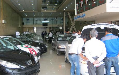 رشد قیمت خودرو در بازار بدون مشتری