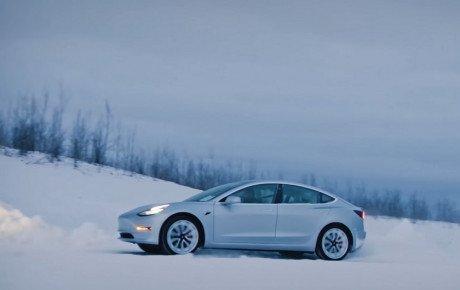 تسلا مدل ۳ پرفروشترین خودروی برقی سوئیس