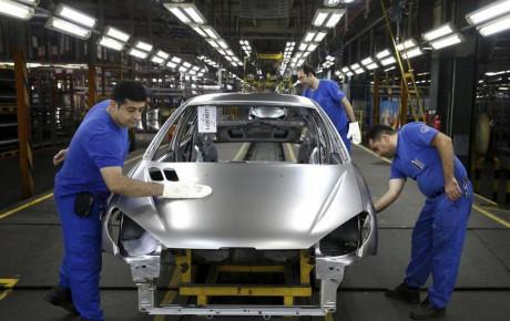 کاهش ۴۷.۱ درصدی تولید خودروسازان