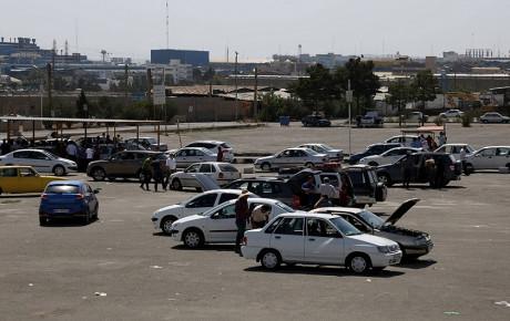 قیمت خودرو با ورود دولت باید به سمت واقعی شدن حرکت کند