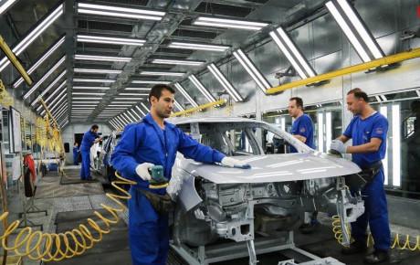 ایران خودرو ۵۰ درصد از سهم بازار خودروهای سواری را به خود اختصاص داد