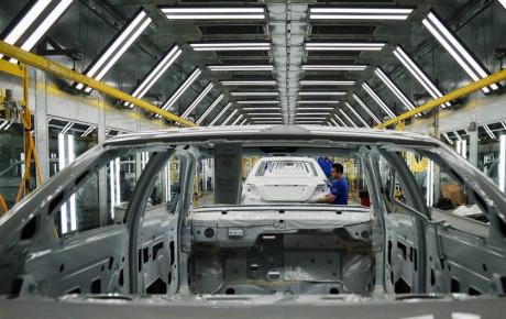 رشد ۳۲.۵ درصدی تورم خودرو در سال ۹۷