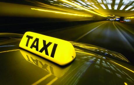 تبدیل تاکسیهای اینترنتی به زیر مجموعه شهرداری