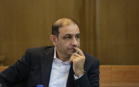 گلایه رئیس کمیسیون حمل و نقل شورای شهر از عدم ساماندهی پارک حاشیهای