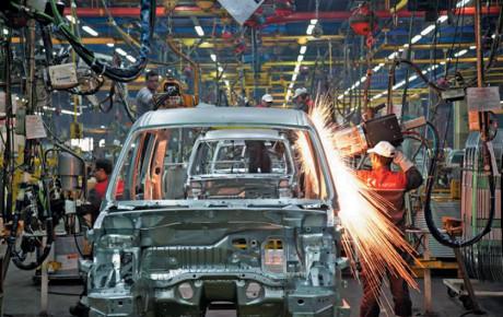 کرمانشاه توانایی تبدیل شدن به قطب تولید خودرو و قطعات را دارد