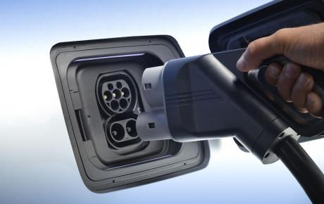 همکاری مشترک بی ام و و جگوار برای طراحی و توسعه تکنولوژی الکتریکی خودرویی