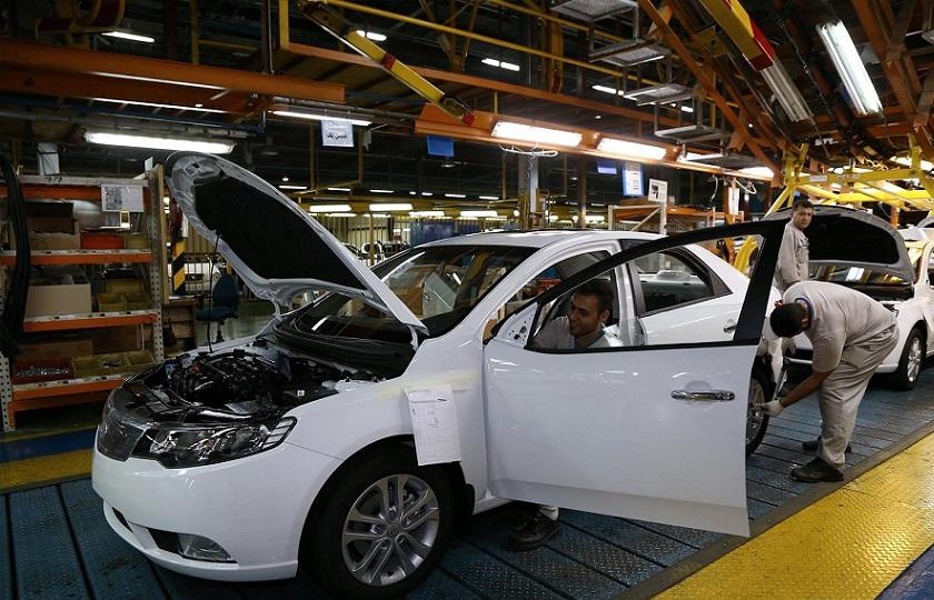 خصوصیسازی صنعت خودرو مشکلی از این صنعت حل نمیکند