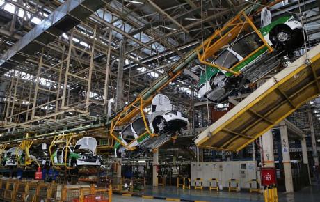 خصوصیسازی خودروسازان فرایند پیچیدهای است