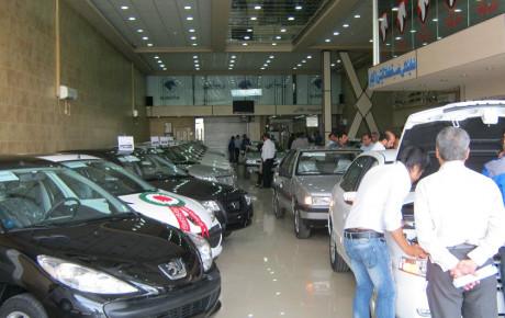 خودروسازان به گلایه مردم و مسئولان توجه نمیکنند