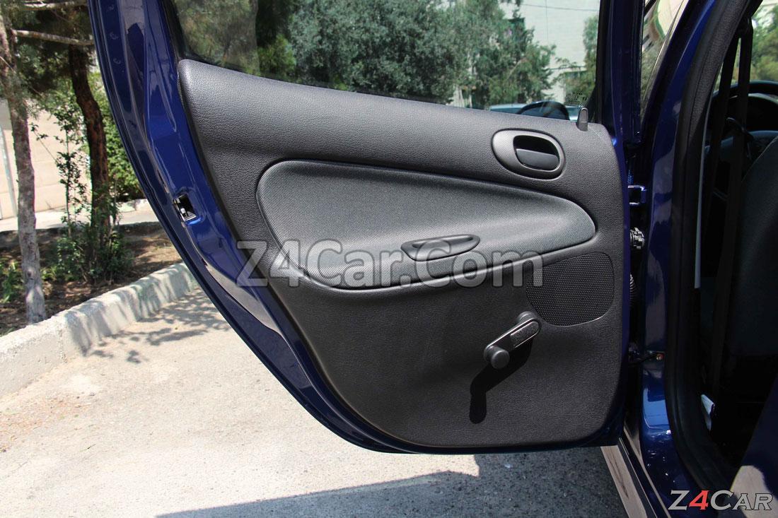 نمای داخلی درب عقب پژو 206 تیپ 2