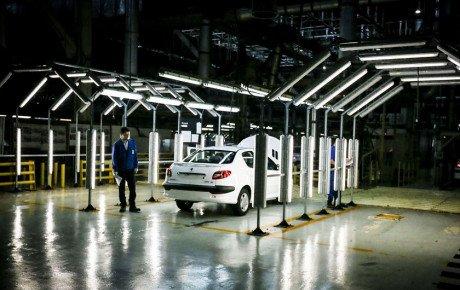 پیش فروش و تسهیلات مالی هم کفاف هزینه خودروسازان را نمیدهد