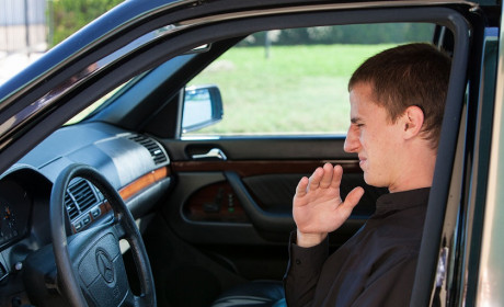 نحوه از بین بردن بوی بد کابین خودرو