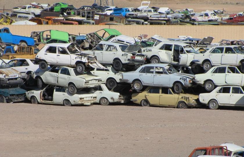 دولت قانون اسقاط خودروهای فرسوده را جدی بگیرد