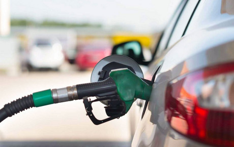 افزایش قیمت بنزین گریبان کالاهای اساسی را میگیرد