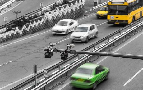 شکسته شدن رکورد تخلف پایتخت توسط راننده سمند!