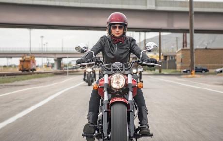 منعی برای صدورگواهینامه موتور سیکلت برای بانوان وجود ندارد