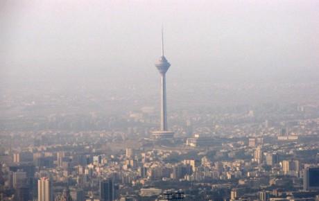خودروهای سواری تهران از ۴ طریق باعث آلودگی هوا میشوند