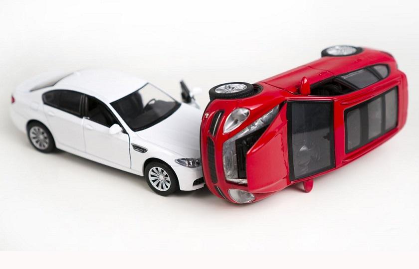 آیا بیمه نامهها با توجه به گرانی خودرو از تعهدات خود میکاهند؟