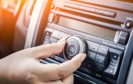 دلایل از کار افتادن بلندگوهای خودرو چیست؟
