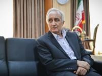 برای خصوصی کردن ایران خودرو باید مزایده بینالمللی برگزار شود
