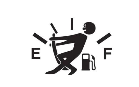 راندن خودرو با سوخت کم ممنوع!