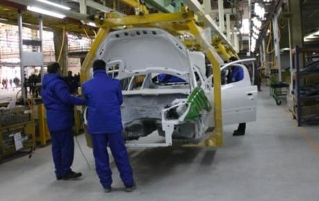 اجبار دولت بر حفظ نیروی مازاد خودروسازی