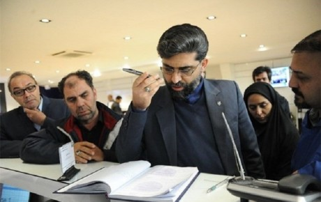 بازدید سرزده مدیرعامل ایران خودرو از تعمیرگاه مرکزی شماره 1