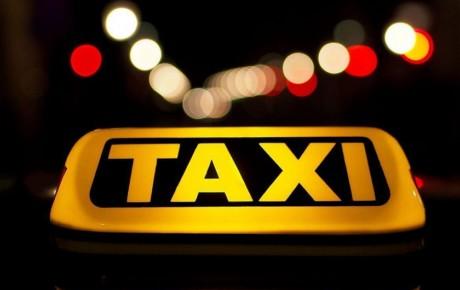 تاکسیهای اینترنتی مجوز فعالیت برون شهری را ندارند