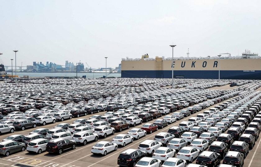 صدور توقف ترخیص 1048 خودرو توسط نهادهای نظارتی