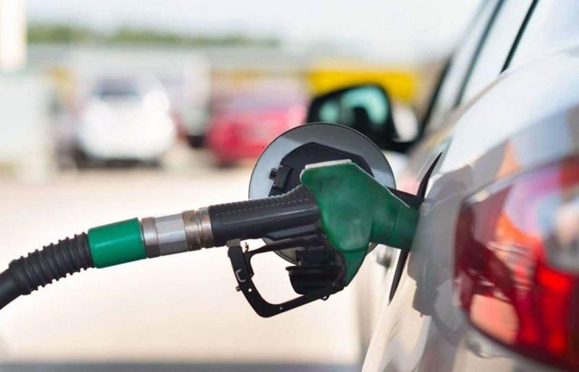 فعلاً تصمیمی برای افزایش قیمت بنزین گرفته نشده است