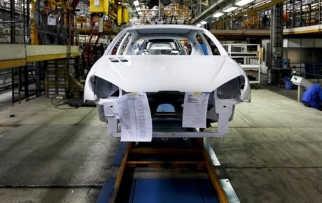 بازی جدید انحصارگرایان خصوصی سازی خودروسازان است