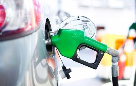بنزین سوپر روی دست جایگاه داران ماند