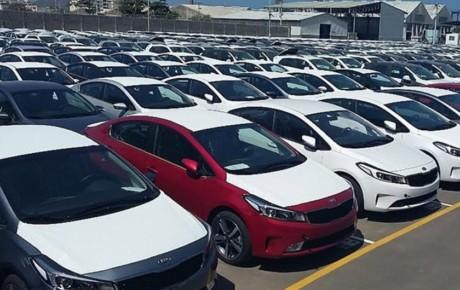 جزئیات خودروهای وارداتی مانده در گمرک
