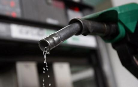 مصرف روزانه بنزین 22 میلیون لیتر کاهش یافت