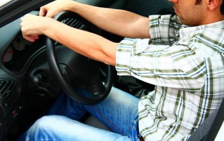 ۱۰ عادت بد رانندگی که باید آنها را ترک کرد