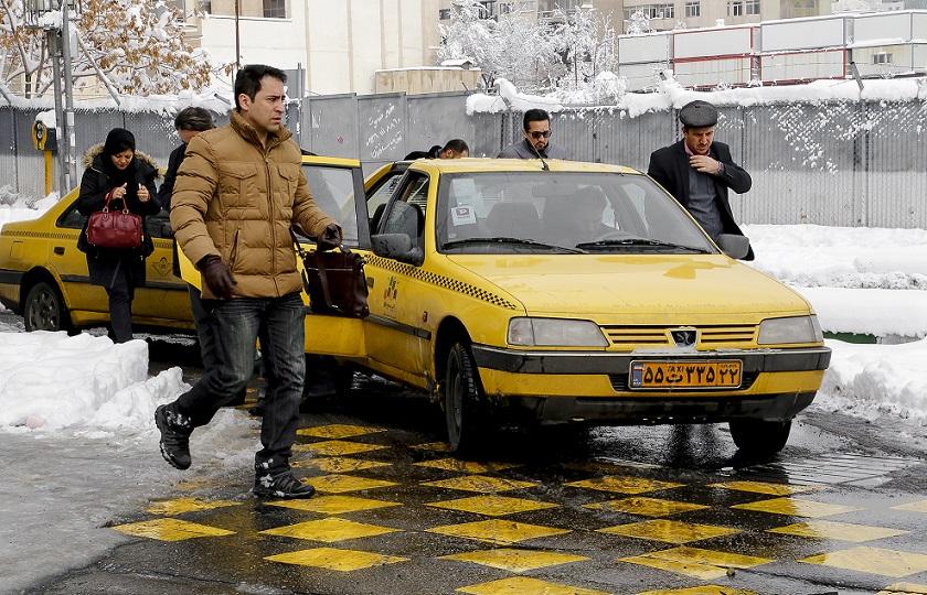 حذف سهمیه سوخت تاکسیهای فاقد پروانه