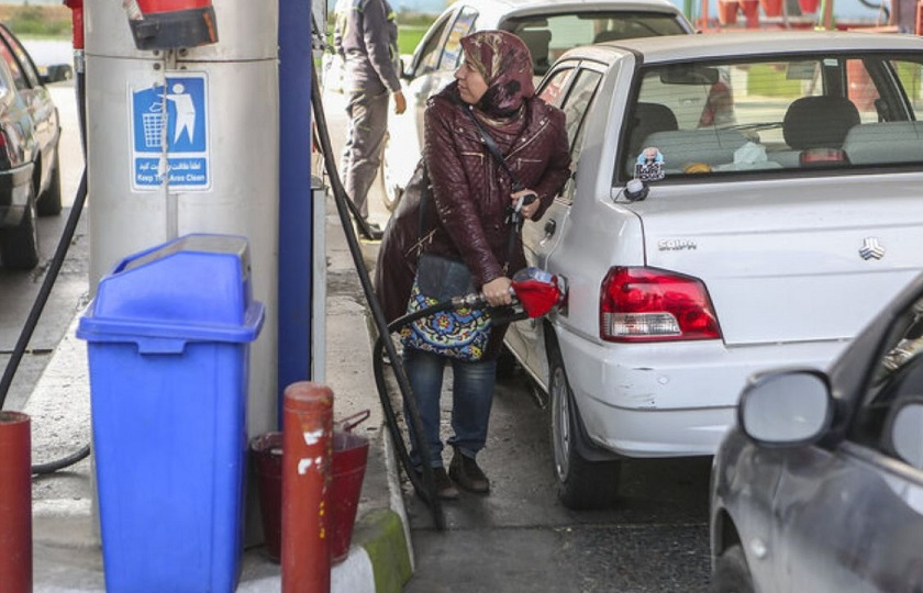 خبر تک نرخی شدن بنزین تکذیب شد