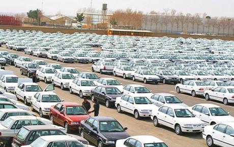 سرگردانی قیمت خودرو در سال آینده