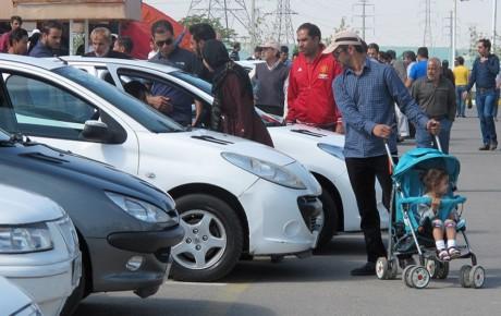 کاهش تقاضای خرید در بازار خودرو