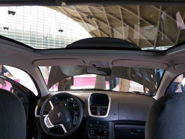 نمای داخلی پژو 207 سقف شیشه ای پانوراما