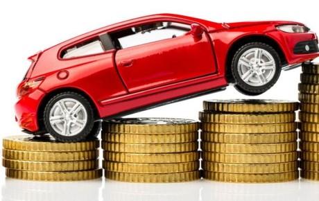 حذف قیمت خودرو به نفع دلالان است