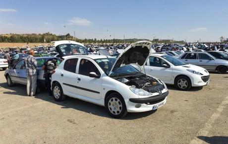 شب عید باعث گرانی خودرو شده است