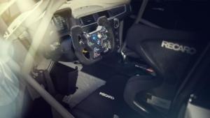 معرفی آمریکای شمالی بی ام و M2 CS Racing
